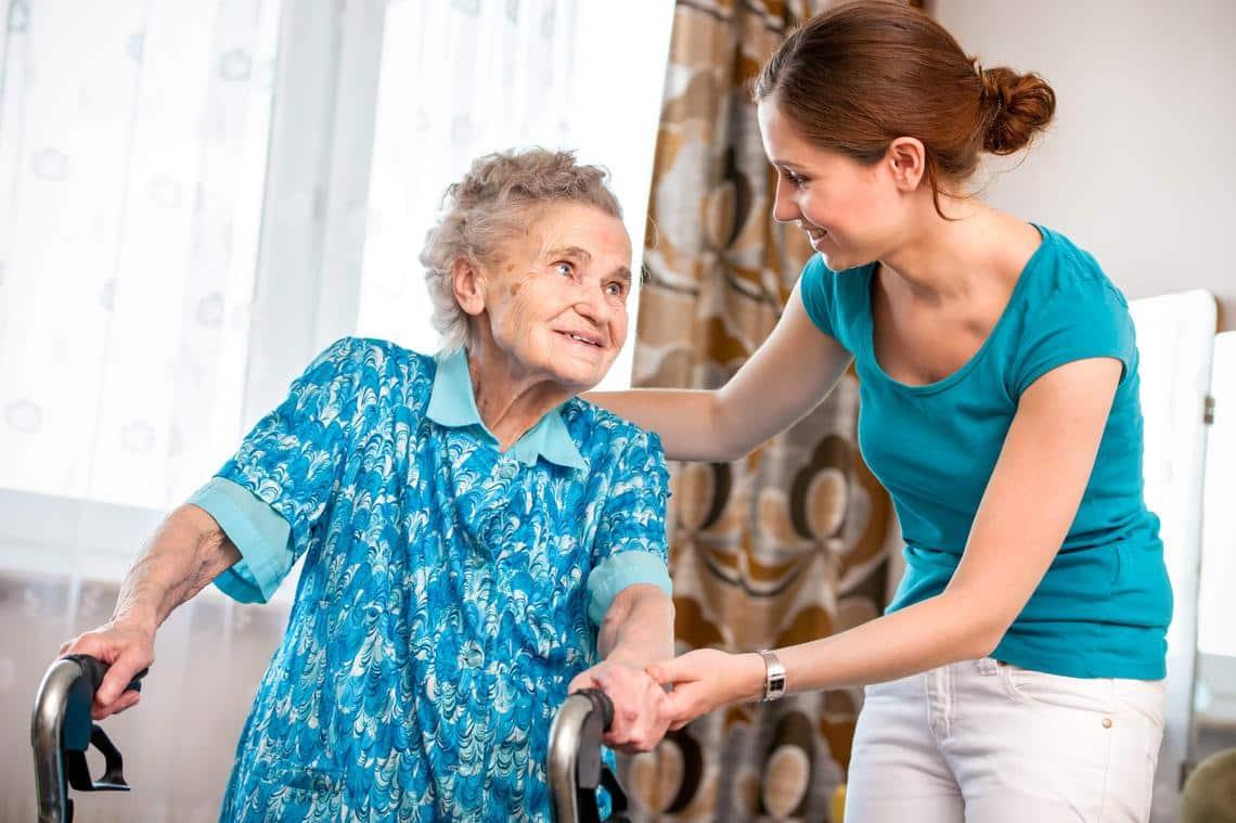 Картинка помощи пожилым